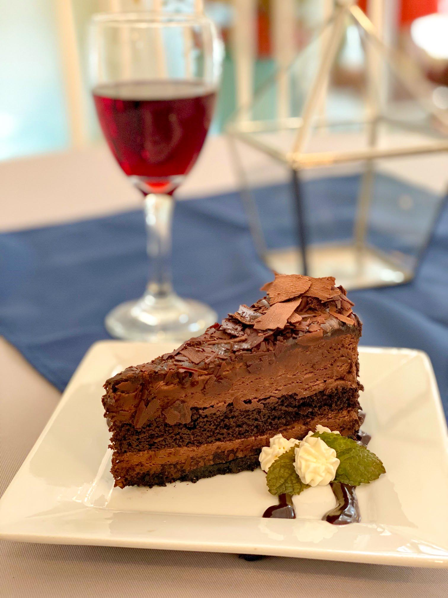 After-Hours Dessert Lounge Announces Opening
